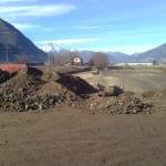 Separazione di materiale inquinato nell'ambito di una bonifica su cantiere FFS